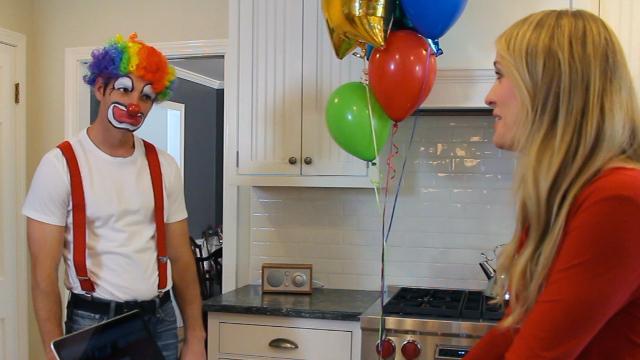 hire a clown