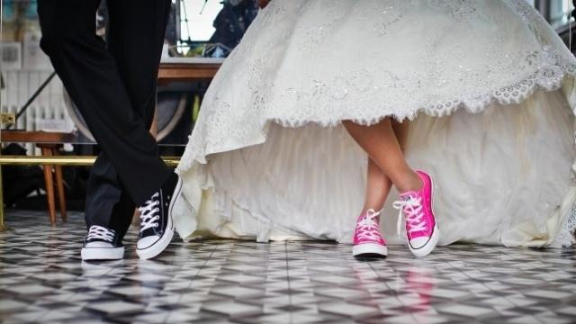 wedding-couple-converse-shoes-868950-edited.jpg
